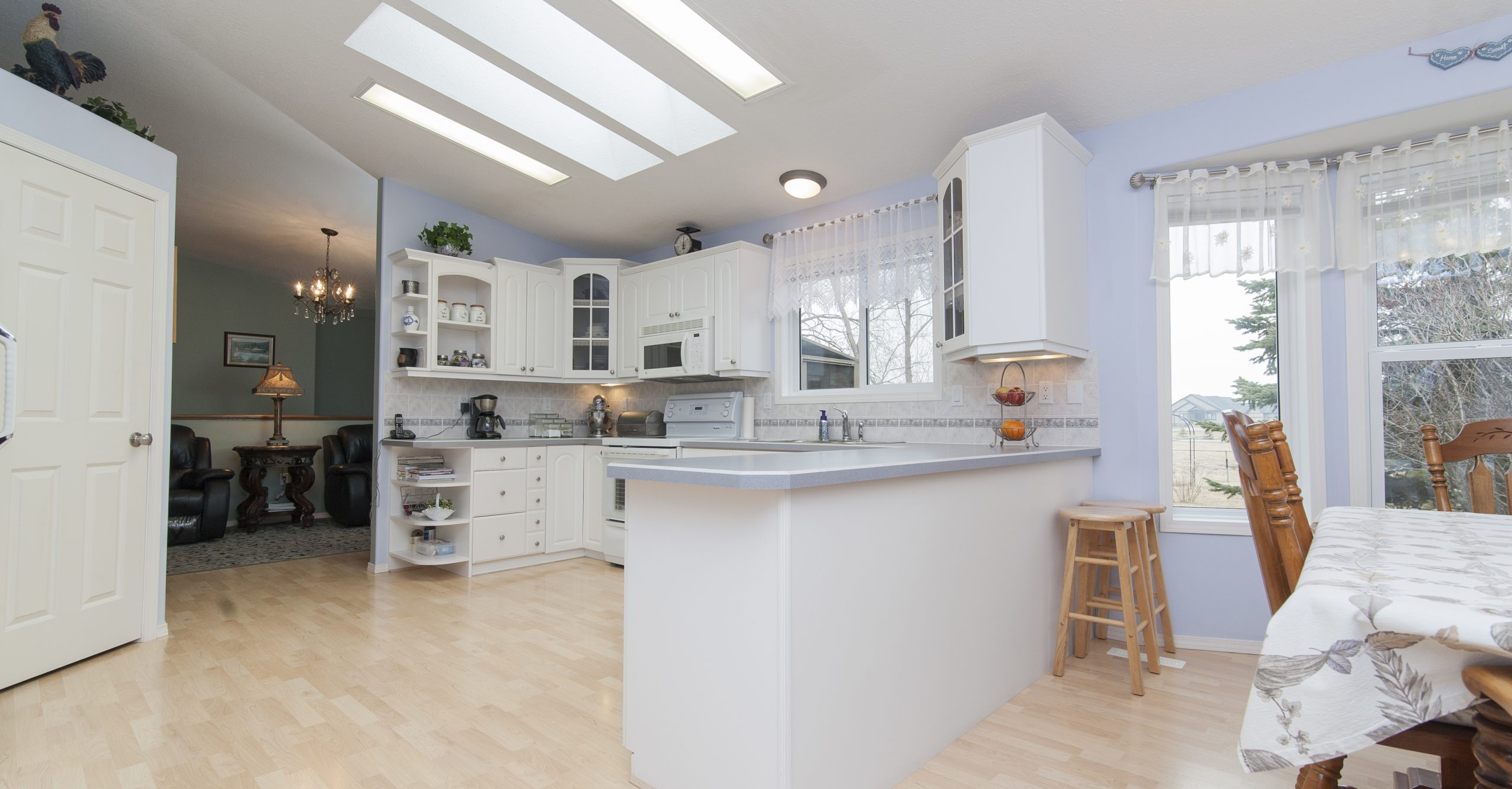 Thiết kế, thi công tủ bếp Vinh